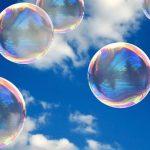 Percobaan Membuat Gelembung yang Berwarna Warni