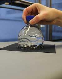 Percobaan Pembiasan Cahaya: Lampu Botol Matahari